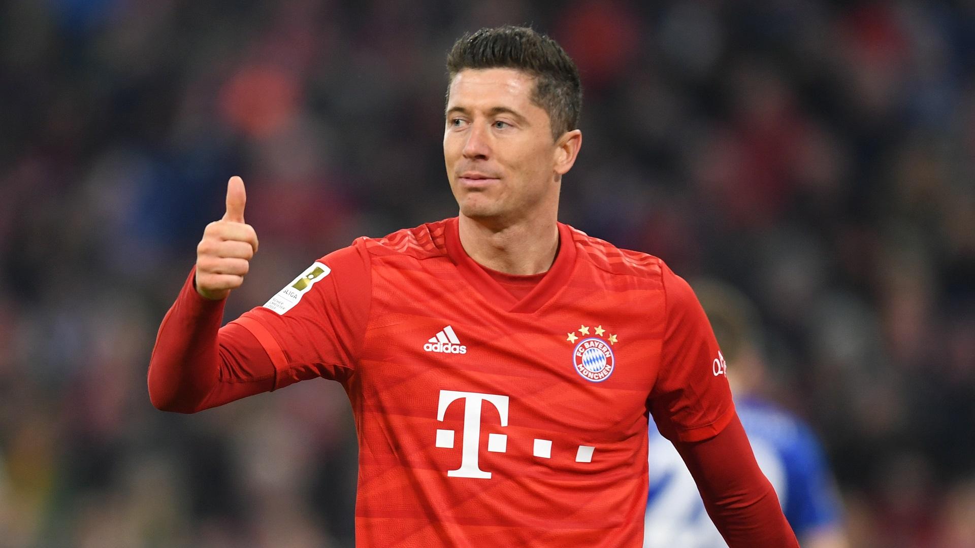Robert Lewandowski mencetak gol ke-44 musim ini, Bayer Leverkusen 2-4 Bayern Munich