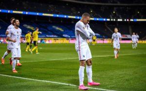 Kylian Mbappe melakukan selebrasi usai mencetak gol ke gawang Swedia pada pertandingan Nations League.